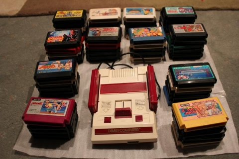 Famicom unboxing - the whole package