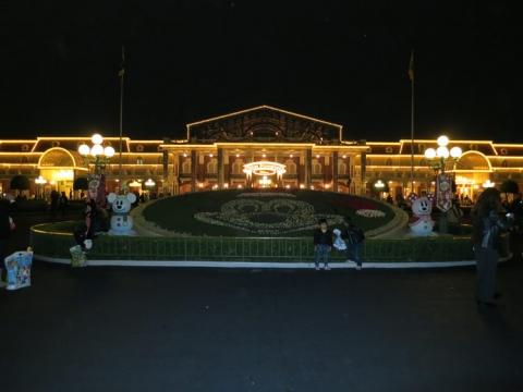 Day 14 - Disneyland entrance at night