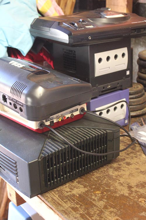 modding-march-2012-consoles
